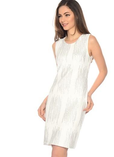Kolsuz İşlemeli Kısa Elbise-Fabrika